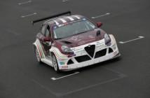 Giulietta-Romeo-Ferraris-TCR-guidata-da-Michela-Cerruti-al-Circuito-Ricardo-Tormo-di-Valencia-2 (Custom)