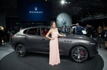 Maserati Levante, debutto USA, salone di New York 2016 (2) (Custom)