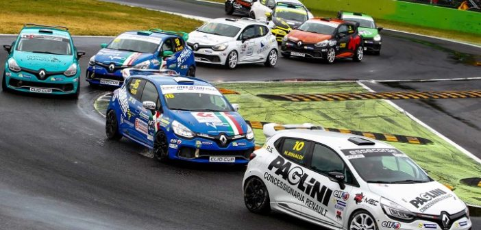 Clio Cup Press League_0909_Rinaldi - Sandrucci (Custom)