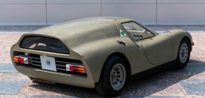 La concept car Alfa Romeo Scarabeo esposta allo Château de Compiègne
